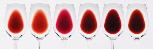 赤ワインの色調